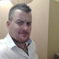 András, társkereső Győr