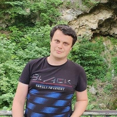 Balázs, társkereső Emőd