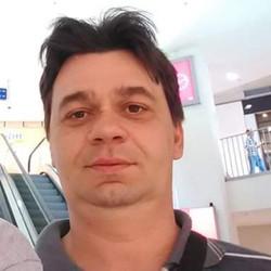 Tibor, társkereső Senta