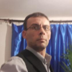 László, társkereső Štúrovo
