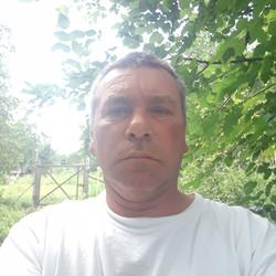 Tibor, társkereső Enying