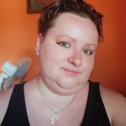 Melinda, társkereső Carei
