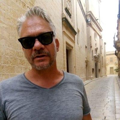 John, társkereső Budapest