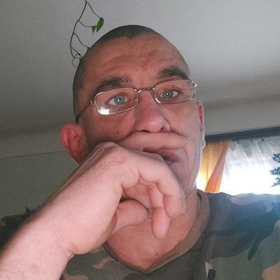 László, társkereső Tápiószecső
