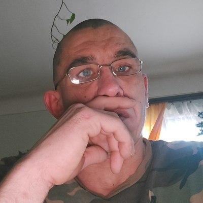 László, társkereső Sülysáp